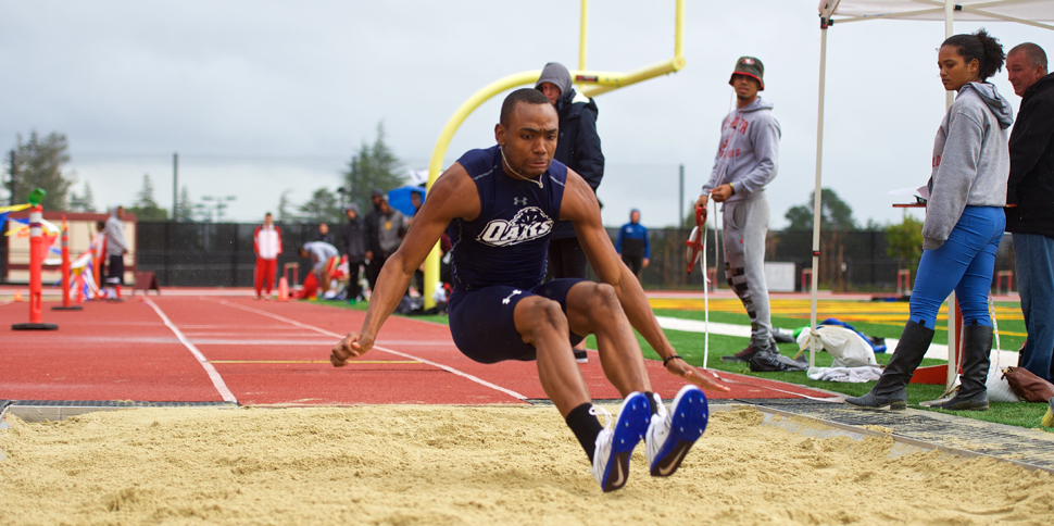 Photo for Freshman Long Jumper Elijah Noel to Compete at Nationals