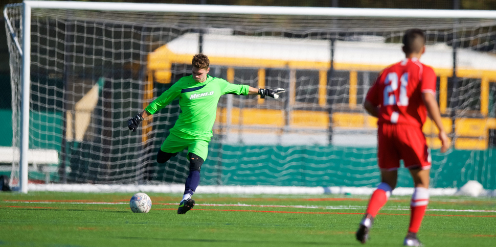 Photo for Men�s Soccer stuns #12 Biola 1-0 to complete weekend sweep