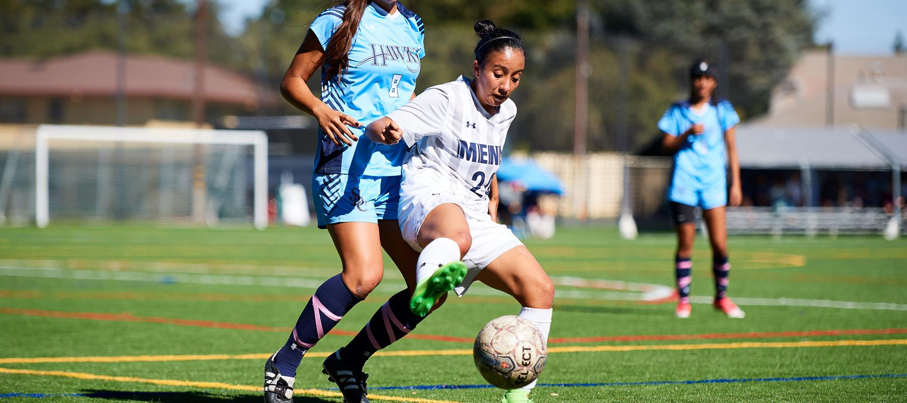 Ramirez and Kualapai score to give Menlo 2-0 win over William Jessup